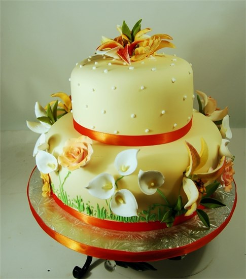 Small Wedding Cakes: Creative Cakes By Donna